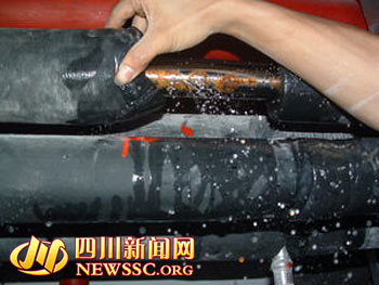 四川新闻网成都3月14日讯 (记者 诸泽海)谁家楼房的给水管道漏水