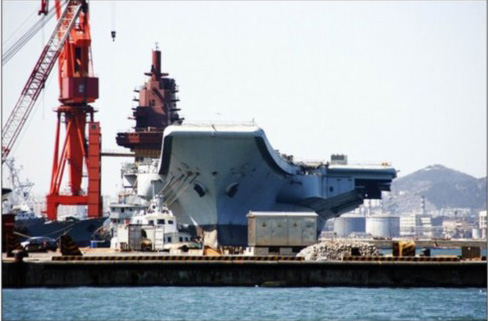 美称中国建造两艘航母 在研歼19舰载战斗轰炸机 - zhangfeng - 战略中国