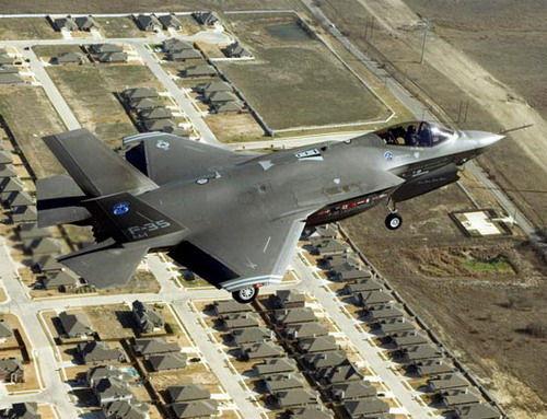 试飞队的7架老式试机因为使用不同的引擎发电机,并未受到维护程序不当