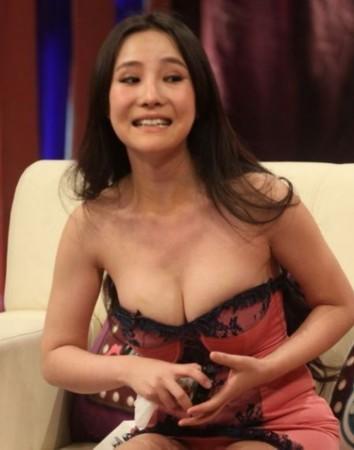 土豆美女人体艺术_并推出由资深经纪人燕子,人体艺术模特汤加丽,美女作家杨冰阳组成的麻