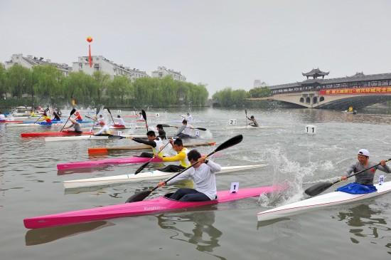 全国皮划艇马拉松绍兴开划 全力冲击