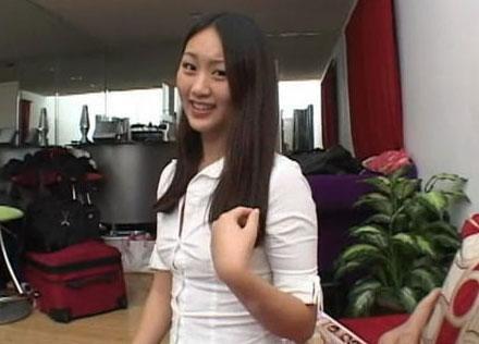 华裔av女优当人体模特走红