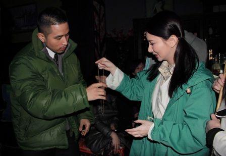 """该剧讲述民国乱世草莽英雄的传奇故事,剧中任贤齐出演鬼脸""""八面老千""""关于藏族最新的电视剧图片"""