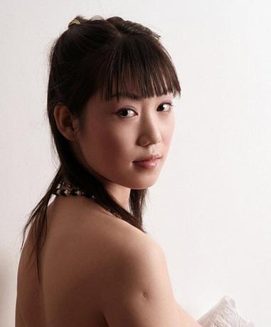 日本瞳人裸体艺术