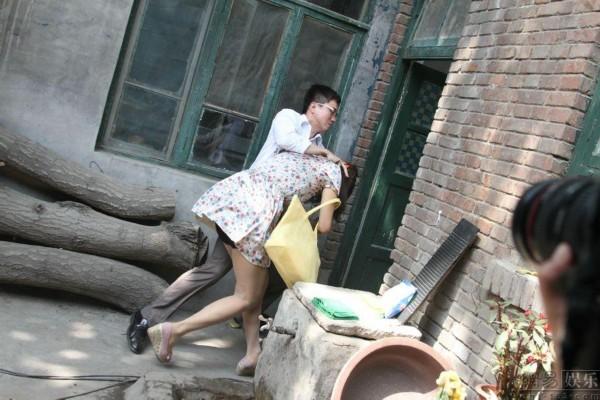 此次电视剧由子义等三名年轻小时担纲主演,实力派演员王诗槐,沈丹萍为一集1演员的连续剧要多少流量图片