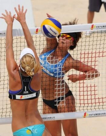 (体育)(3)沙滩排球——世界沙滩排球巡回赛北京大满贯:薛晨/张