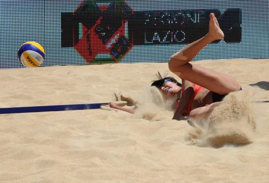 (体育)(8)沙滩排球——世锦赛:薛晨/张希晋级八强-沙排锦标赛中