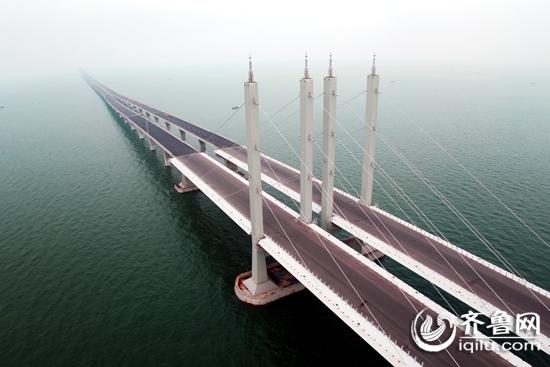 世界最长跨海大桥青岛胶州湾大桥隧道通车[图]