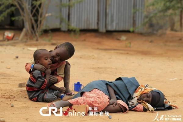 非洲难童图片