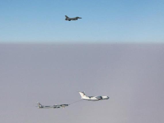 图-95轰炸机巡逻挪威海