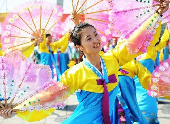 朝鲜族美女起舞
