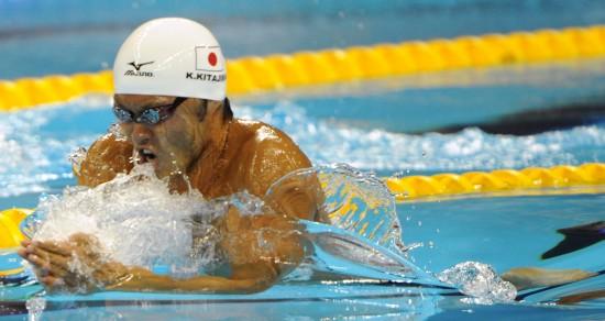 图文-北岛康介无缘100米蛙泳奖牌