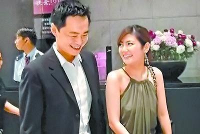 立化里子_selina8月5日宣布婚讯 未婚夫称喜帖不放照片