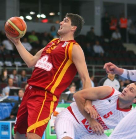 黑山70 65马其顿 比赛如同摔跤