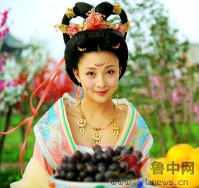 佟丽娅杨幂刘亦菲范冰冰 仙气古装美女来比美