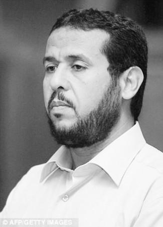 贝哈吉自曝曾被CIA逮捕,并遭到虐待