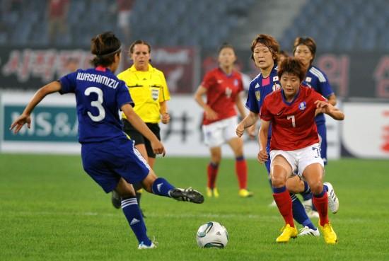图文 亚预赛韩国女足vs日本