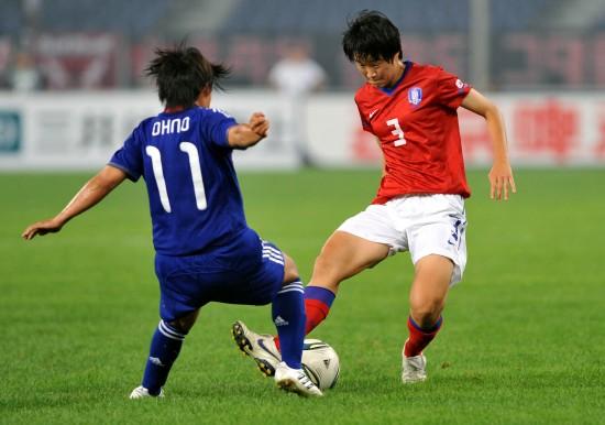 韩国十大性感足球宝贝__性感足球宝贝的巨_足