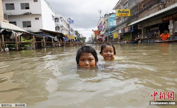泰国水灾持续 古城大城府被淹