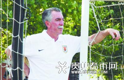山东鲁能主教练马季奇下课 葡萄牙人巴博萨接手