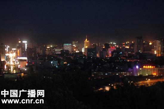 中国动态 正文    乌鲁木齐市建委主任马伊磊表示,城市就是为老百姓