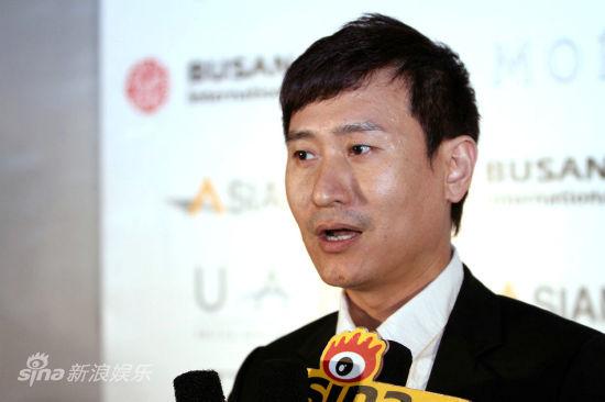图文:6大韩国公司联手华谊--联席总经理周嗣伟
