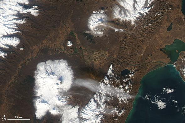 每日卫星照:俄罗斯堪察加半岛秋天(图)