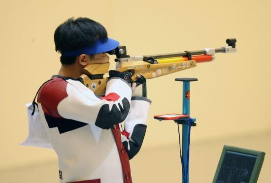 体育资讯_南海网 新闻中心 体育新闻 体育综合    10月21日,中国选手刘立龙在