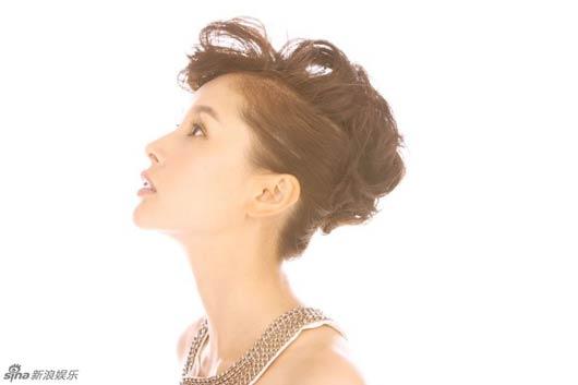 王子文最新写真 演绎纯粹爱的时尚萝莉