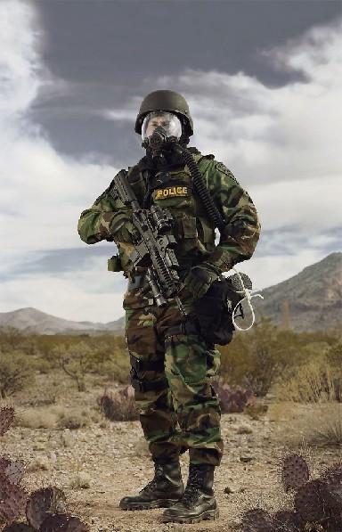 给力 美国州警装备堪比陆军单兵