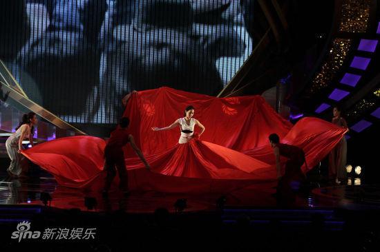 图文:金马奖颁奖-舞台背景华美
