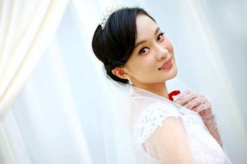 霍思燕�9g�[�xZ~x�_筷子兄弟婚礼戏放催泪弹 霍思燕婚纱照眼含泪光