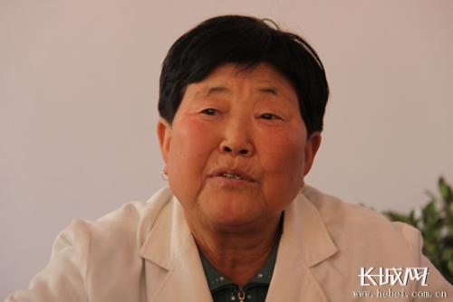 80岁老太太开养老院