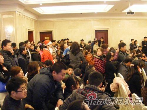 观众获得精美礼品     新城香悦半岛位于常州市钟楼区,勤业路与龙江