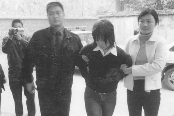 陆金凤刑前照片_组图:揭秘近三十年被处决的十名美女死刑犯_南海网新闻中心