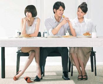 人妻骚_《犀利人妻》电影版将诠释谢安真离婚后的新生活.