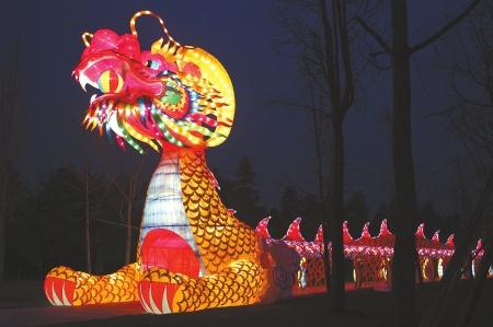 金沙太阳节昨晚首次试灯