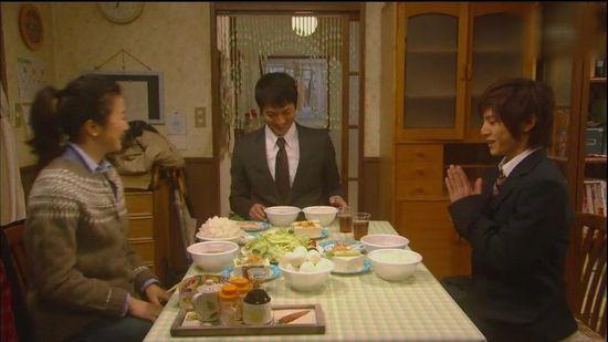 日本家庭教师的乱伦_日剧一周收视:《康乃馨》一口气上升超过5点