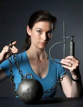 铁链镣铐锁美女自述