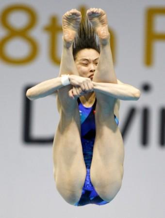 图文 跳水世界杯吴敏霞3米板夺金