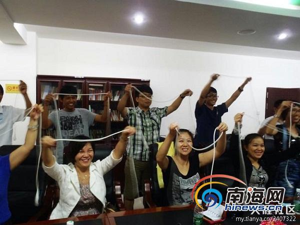 三亚志愿者陈柏豪在香港传授救援技18年港剧窈窕熟女云盘图片