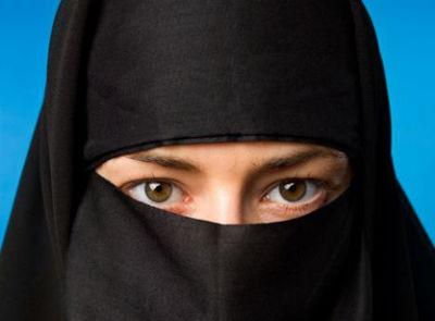 英国一穆斯林陪审员因不愿摘头巾被法官当庭撤换