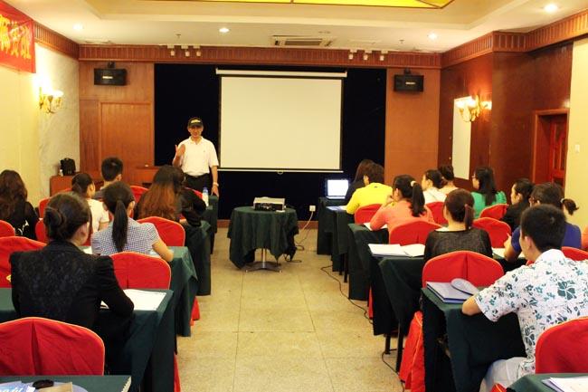 儋州市举办海南旅游英语100句师资培训班[图]