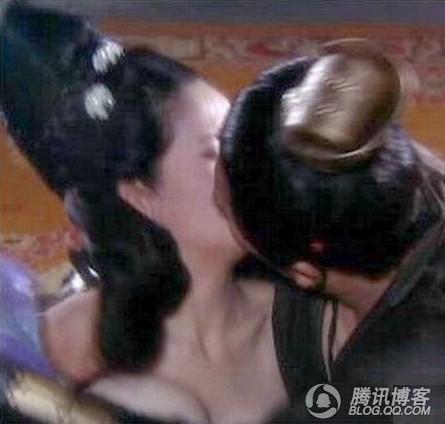 新《水浒传》潘金莲西门庆床戏大战