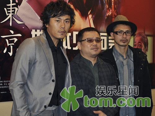 由秦昊、倍赏千惠子、张钧甯等主演的电影《初到东京》从...