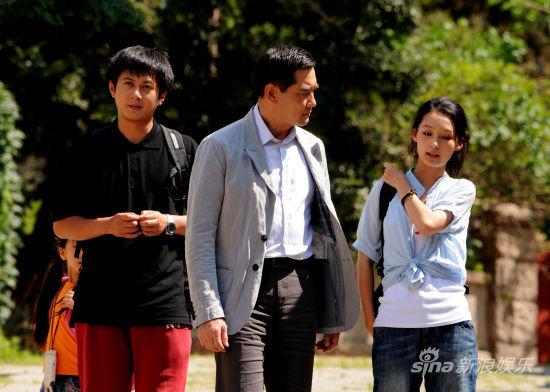 《守望的天空》赵文瑄李沁父女情深-2012热播剧回归思考 守望的天空 图片