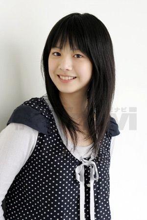 曾经因为笑容甜美而在日本最喜欢的女明星的评比,拿了15岁以下(萝莉组