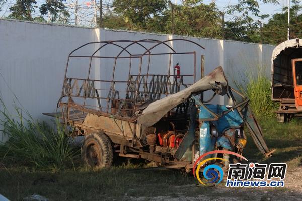 事故车辆农用三轮车 南海网见习记者马伟元摄 高清图片