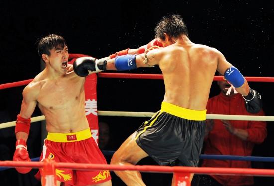 (体育)(6)武术——2012年黔江国际搏击争霸赛赛况  4月21...