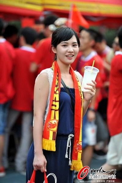 淫妹综合_南海网 新闻中心 体育新闻 体育综合  2012年5月1日,2012年亚冠小组赛